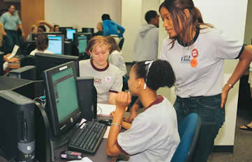 Students in the MCL MegaLab