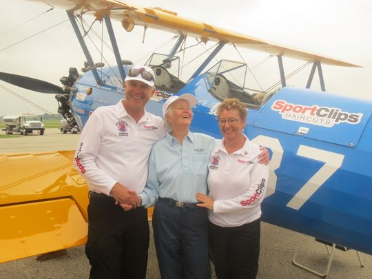 Soaring high: WWII vets to fly in biplane around Marco Island