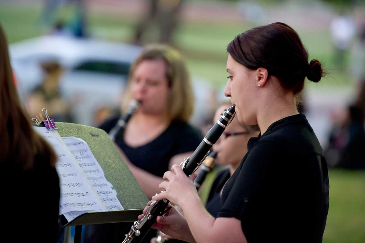Students playing woodwinds during ARTSWALK 2016