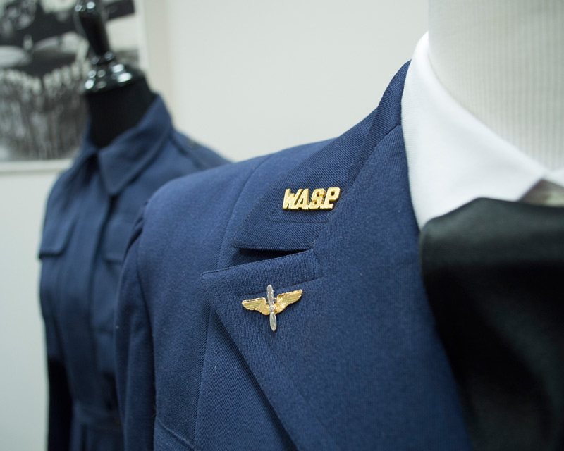 Two WASP uniforms on mannequins