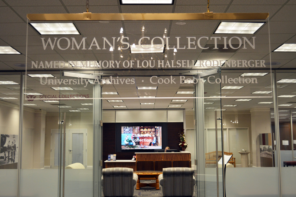 Entrance to the Woman's Collection